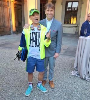 ブルネロ・クチネリさんと記念写真。スタイルは違えど、ファッションラバーなのは一緒です