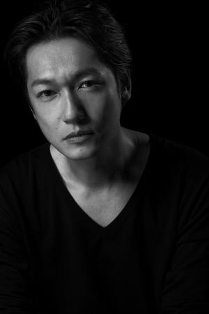 井浦新(いうらあらた) 1974年9月15日生まれ。東京都出身。