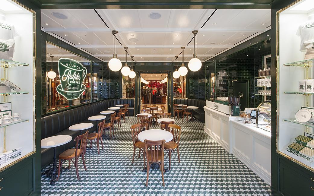 ラルフ ローレン 表参道がブランド設立50周年でリニューアル コーヒーショップ日本初上陸