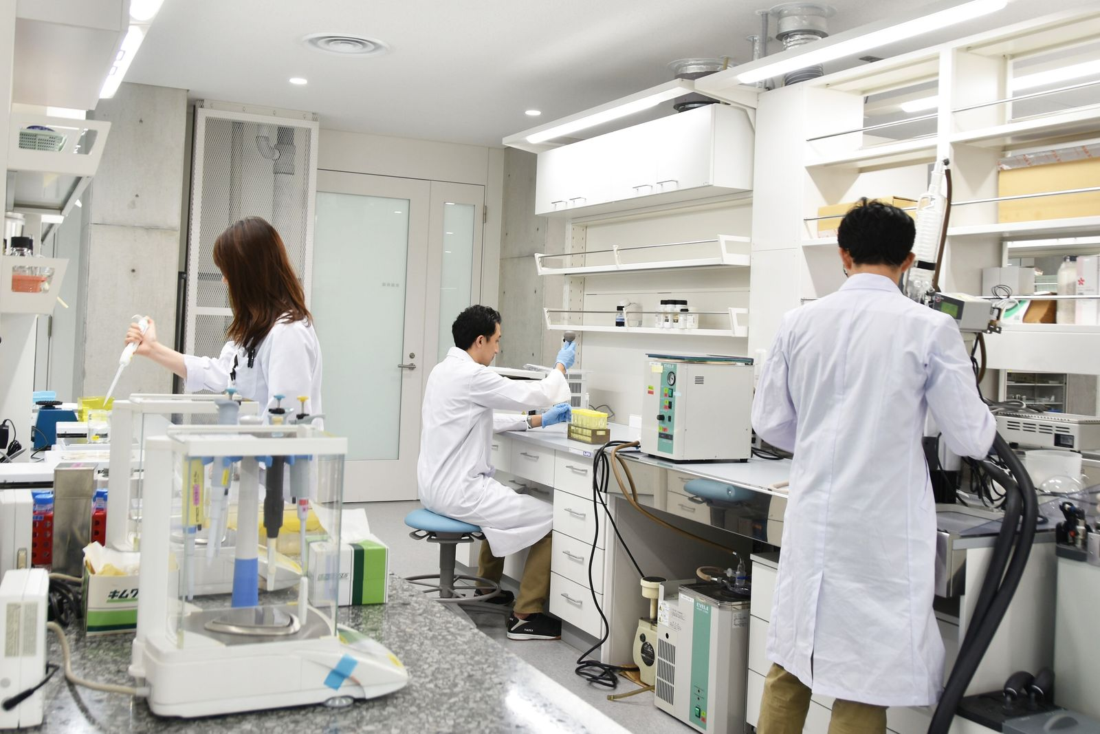 コーセーが創業地の東京都北区に研究所集約 革新的な製品開発担う ...